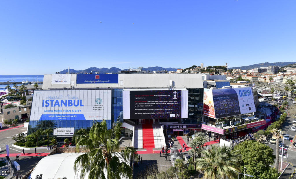 MIPIM 2019 - ATMOSPHERE - OUTSIDE VIEW